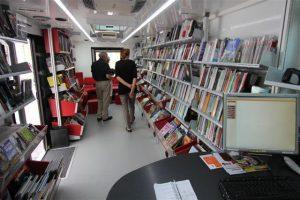 Bibliobus 2 intérieur 2013