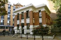 Façade de la Bibliothèque Pavillon de Prêt